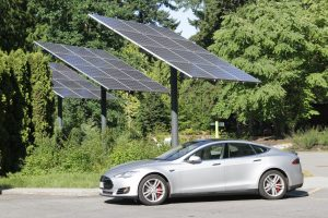 If money is no object- put a Tesla Model S under the tree this holiday season. The Tesla S sells for about $100,000, gets the equivalent of 100+ miles per gallon equivalent, goes 0-100 in under 3 seconds and has an amazing range of 450 kilometres, which is amazing for and electric car. Ok, it's a little extravagant for a gift, but we couldn't resist! Photo David Dodge, GreenEnergyFutures.ca